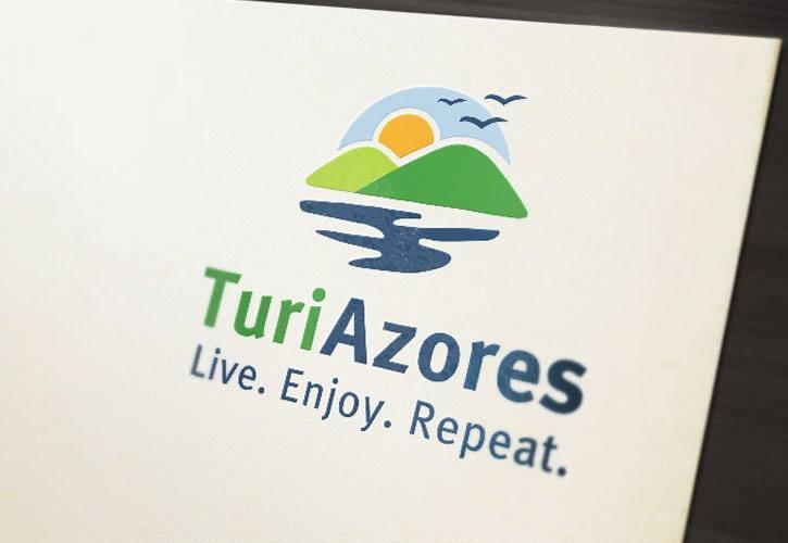 Logótipo para empresa de turismo.